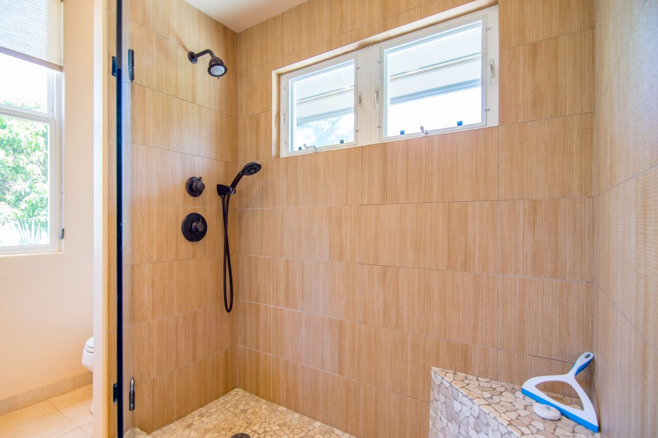 second bathroom shower stall