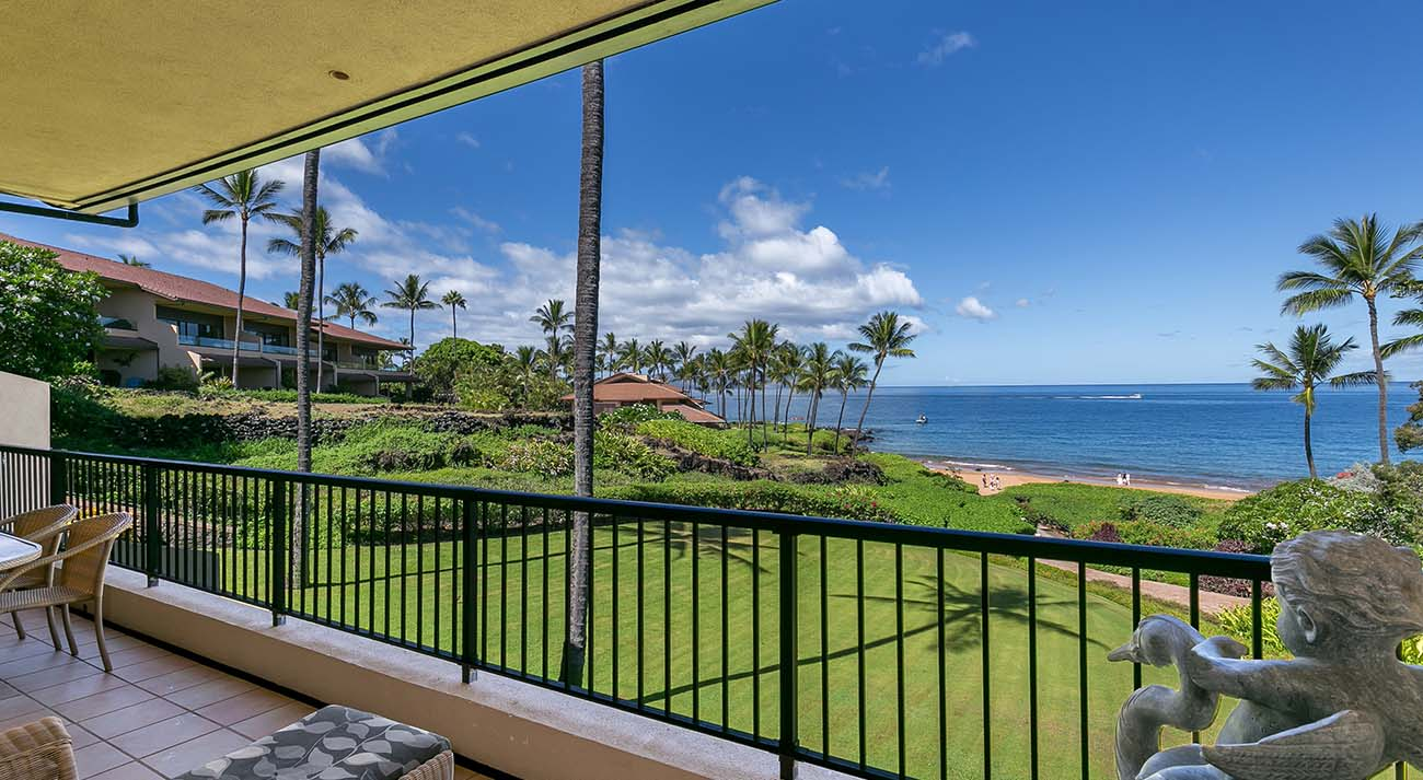 Private covered, oceanview