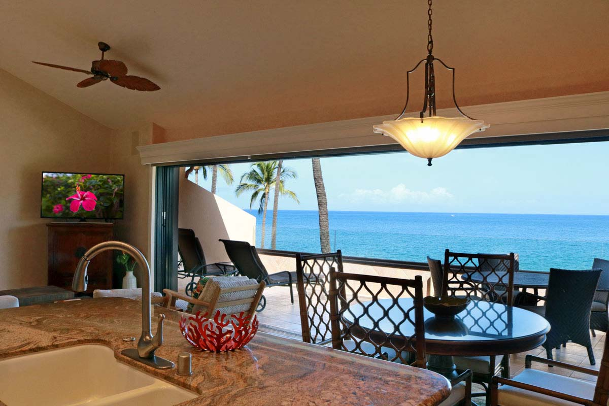 Kitchen, oceanview