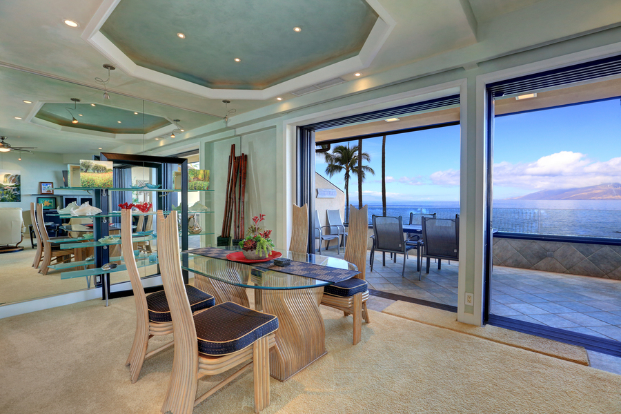 Dining area, oceanview