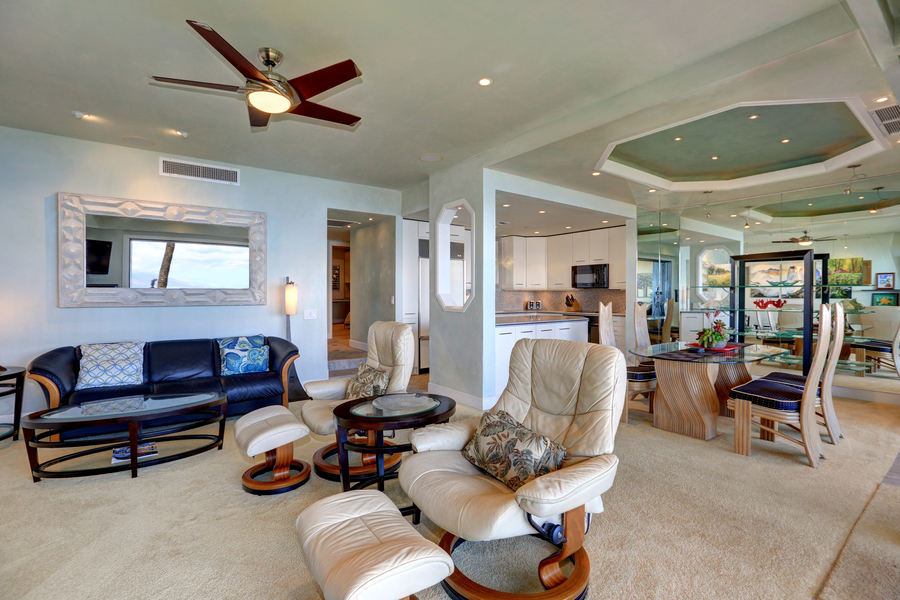 Living room, flat TV, oceanview