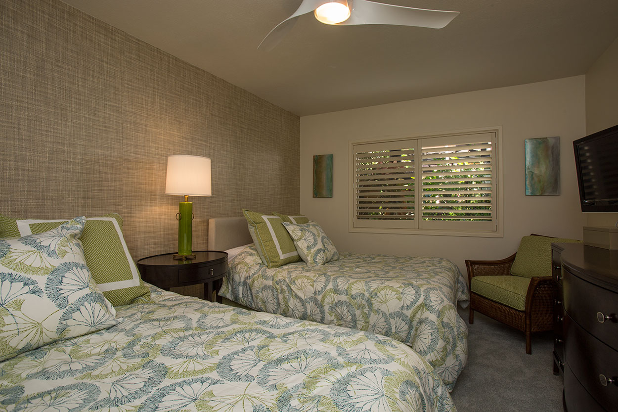 Guest bedroom, 2 queen beds