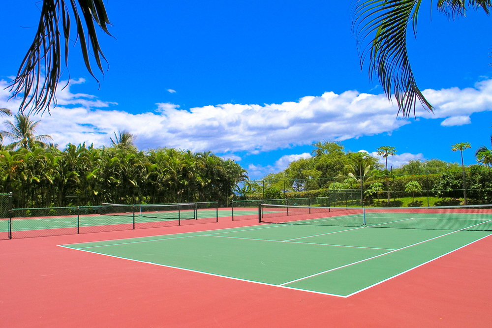 Tennis courts at Makena Surf
