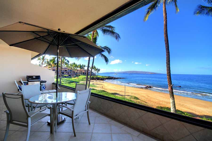 Makena Surf B-205 deck with bbq and ocean views