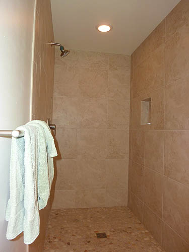 Walk in shower stall