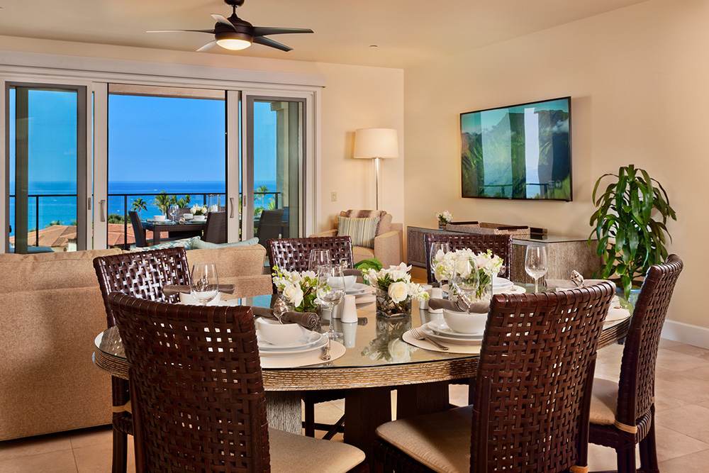 oceanview dining table